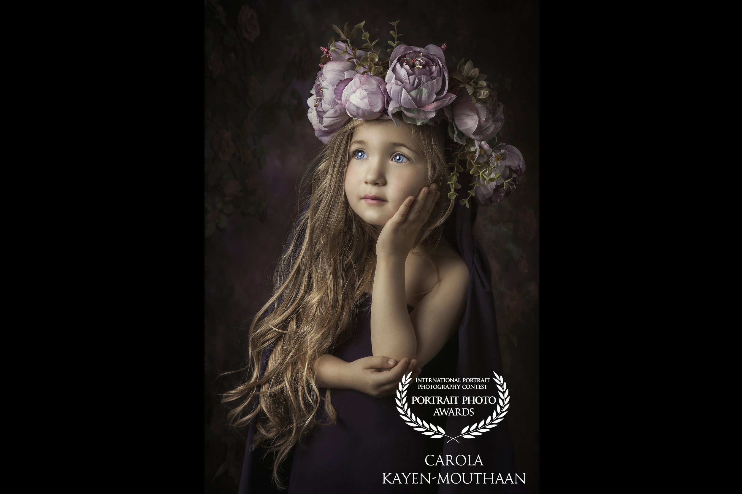 custom_logo_CAROLA-KAYEN-MOUTHAAN-netherlands-39collection-portraitphotoawards-net_1561120769