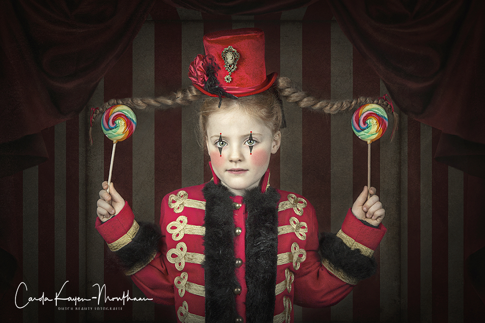 Little circus girl art